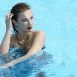 Tabea im Pool2